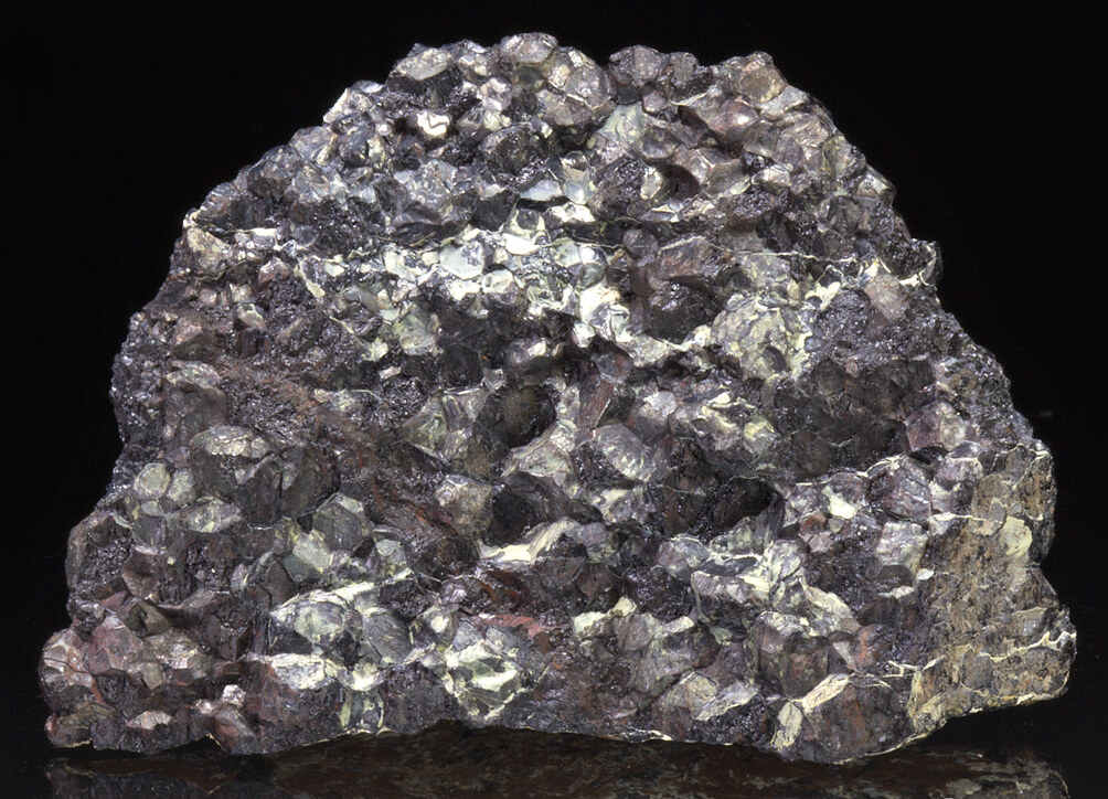 What is Chromite Used For? Occurrence and Uses of Chromite