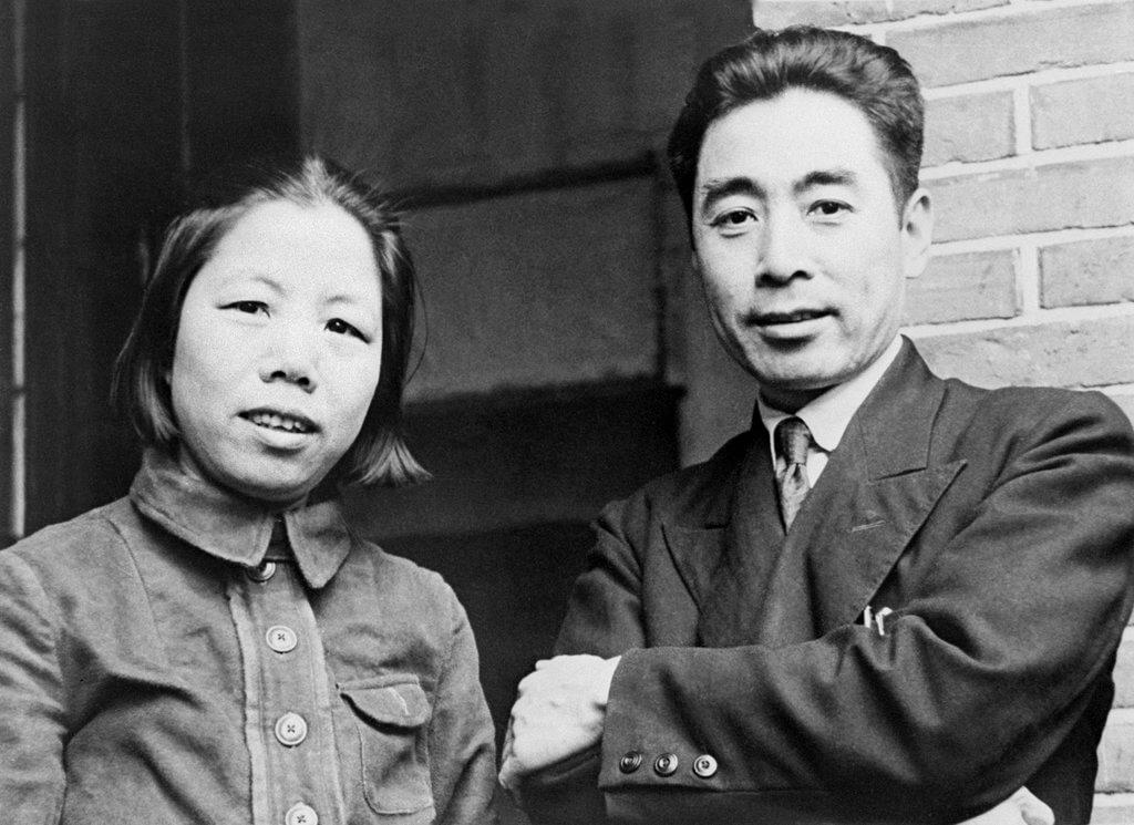 Chou En Lai (Zhou Enlai) Biography, Life Story and Career