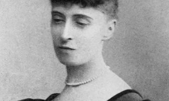 Alice Meynell Biography - English Poet and Essayist
