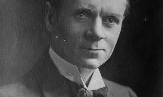 Sir Norman Angell Biography - English Nobel Peace Prize Winner