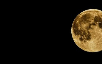 10 Characteristics Of Moon - Features of Our Satellite Moon