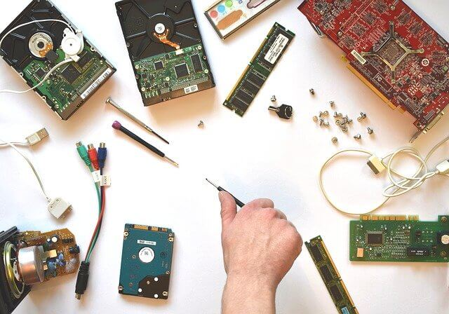 10 Characteristics Of Hardware - What is the Hardware?