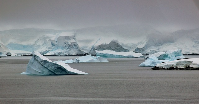 How Does Ice Change The Earth's Surface?