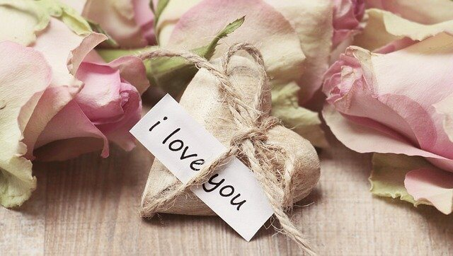 Romantic Valentine's Day Love Messages and Valentine Wishes