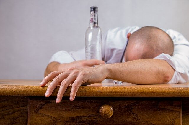 10 Characteristics Of Alcoholism - What are the features of the Alcoholism?