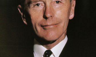 Alec Douglas-Home Biography (Prime Minister of the United Kingdom)