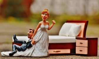 """Use Spouse in a Sentence - How to use """"Spouse"""" in a sentence"""