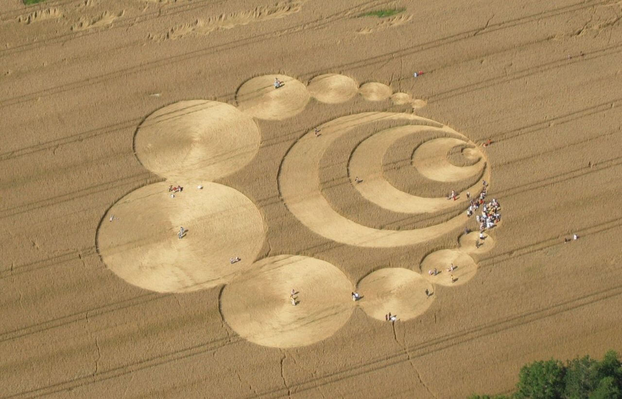 The Mystery of Crop Circles That Look Like Works of Art